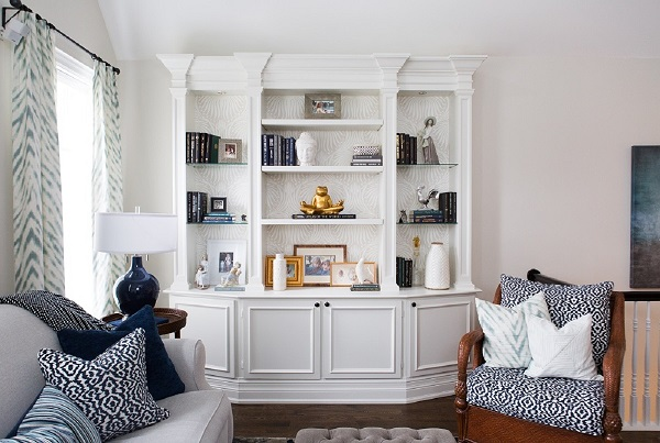 Jacklynn-Little-Interiors-Clients-Cabbagetown-Home-Family-Room-Bookcases-Styling